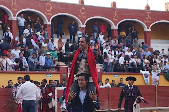 José Luis Angelino abre la Feria de Tlaxcala, y nos cuenta algo de su historia