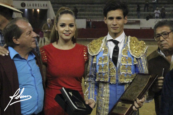 En Guadalajara… Ricardo de Santiago se lleva el trofeo Manuel Capetillo