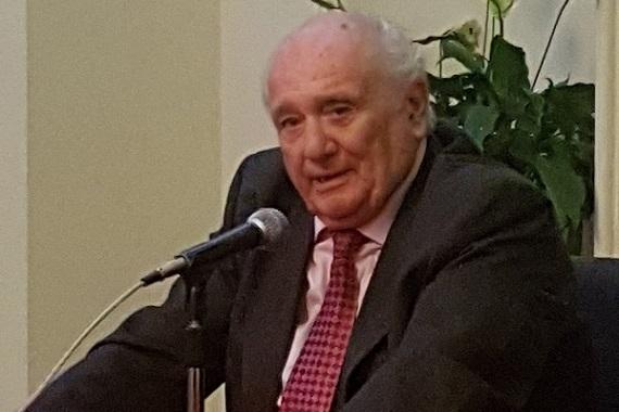 Carlos Bazán Zender deja la presidencia del Centro Taurino de Lima…