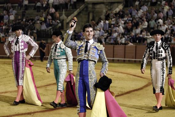 En Sevilla… García Navarrete corta una oreja en la quinta novillada