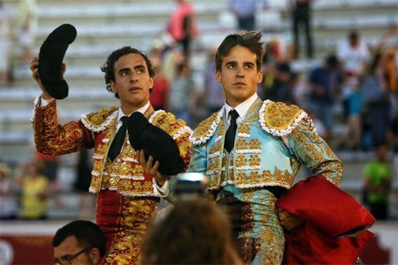 En Torrejón de Ardoz… Un rotundo Galdós sale a hombros junto a Caballero