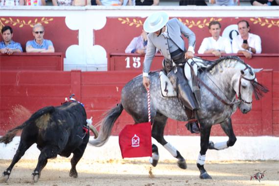 En Torrejón de Ardoz… Andrés Romero abre la puerta grande