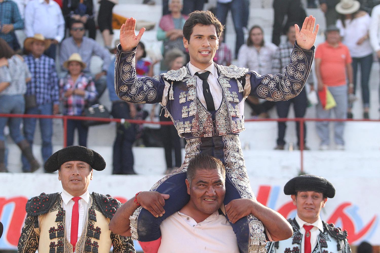 En Caxuxi… Francisco Martínez, un novillero para mayores retos