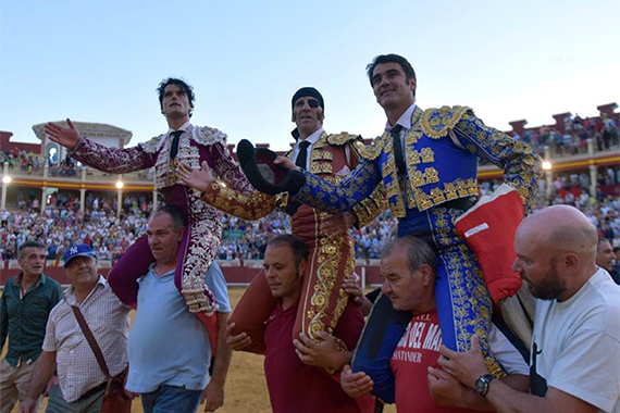 En Cuenca… Triple puerta grande en la vuelta de Jesulin