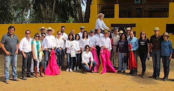 El Centro Taurino de Lima acaricia el cielo en la ganadería Paiján