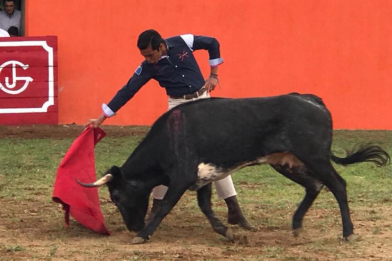 Israel Téllez se preparó en Torrecillas previo a su comparecencia en Ecuador
