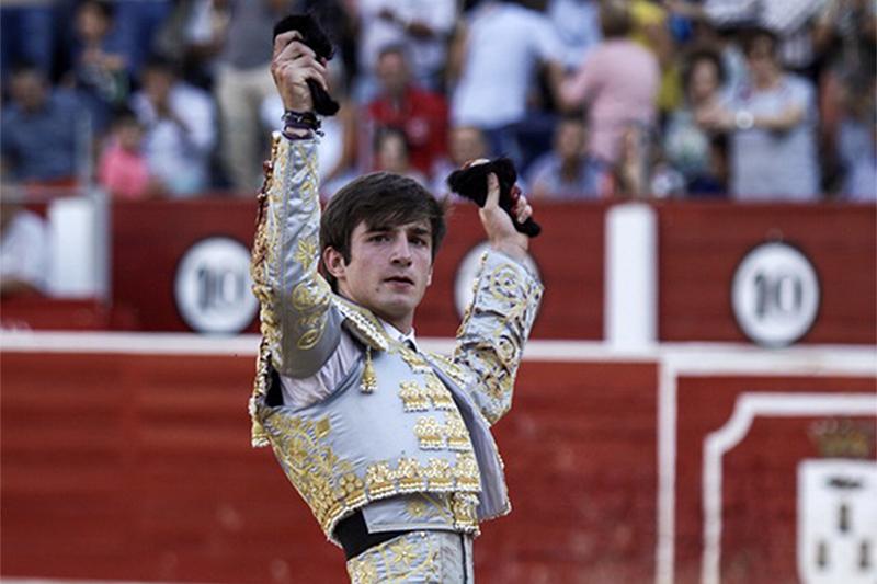 Manuel Caballero llevará la carrera de José Fernando Molina