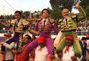 En San Agustín Mimbres… Un inspirado Dandy sale en hombros acompañado por El Chihuahua y Angelino de Arriaga