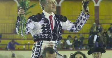 En Tlaxcala… Federico Pizarro en hombros