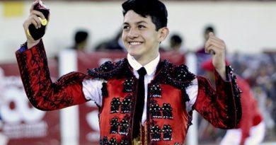 En Tlaxcala… Gerardo Romano corta una oreja
