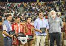 En Las Sanjoaninas… Triunfan Moura hijo, el toro de Sao Torcato y los Forcados de Évora