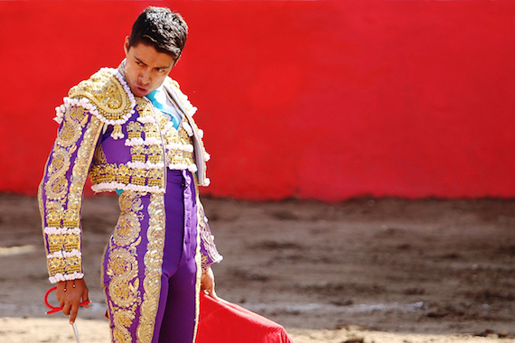 Sergio Flores luchando con firmeza contra la Covid