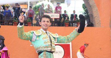 Cristian Antar viaja a Lima, comparecerá en la Bicentenaria plaza de Acho