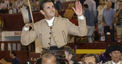 En Murcia… Diego Ventura corta tres orejas y sale a hombros