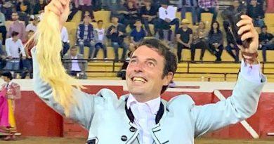 En Cadereyta… Inobjetable triunfo de Andy Cartagena, cuatro orejas y un rabo
