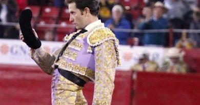 En la Monumental México… Arturo Saldívar, el concierto de bien torear, que se malogró con la espada