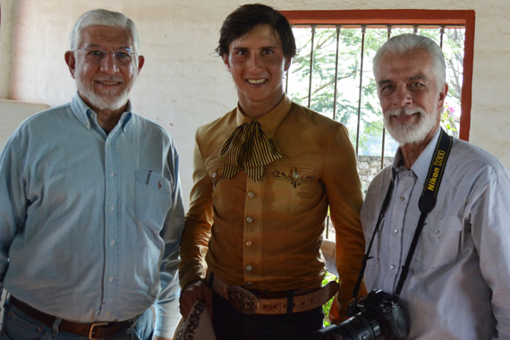 Con dos Maestros Roca Rey y Memo Sierra..
