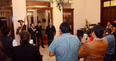Inauguran exposición pictórica del joven maestro David Martínez en Mérida (Yucatán)
