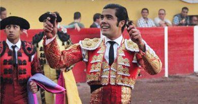 En Aguascalientes… Para San Román dos orejas, para el juez las protestas.
