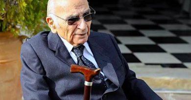 Lo comenta Antonio Lorca… Los toros, ante el 2021; una noticia buena (Francisco Brines) y una amenaza