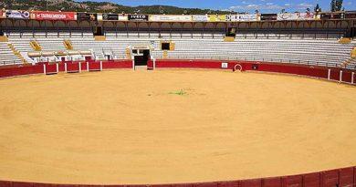 El Ayuntamiento de Teruel acondiciona el ruedo de su Plaza de Toros