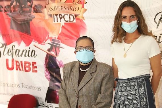 La rejoneadora Stefania Uribe visitó el Instituto Tlaxcalteca para personas con discapacidad