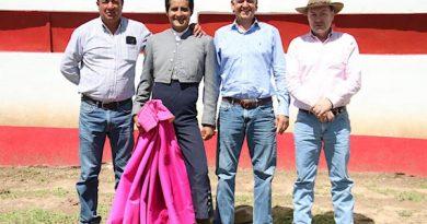 Angelino de Arriaga estuvo tentando en Tenopala; entre y conozca los toros que enfrentará